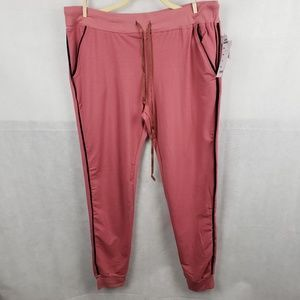 NWT Love Nation Pink Jogger Super Stretch